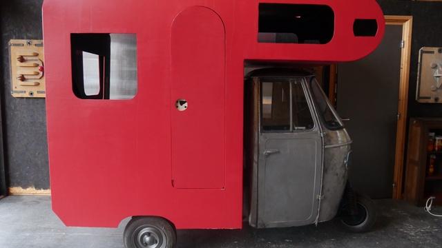 Nouvel Spectacle de rue en mini camping-car - Ulule CJ-02