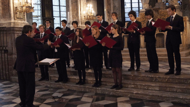 Et Les Chanteurs Ayant La Plus Grande Tessiture Vocale: Académie Vocale De Paris