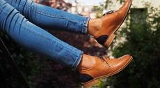 Les souliers d'Iris